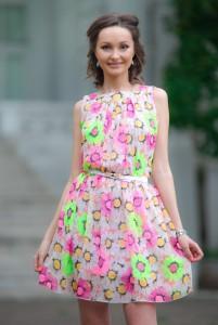 Женское летнее шифоновое розовое платье