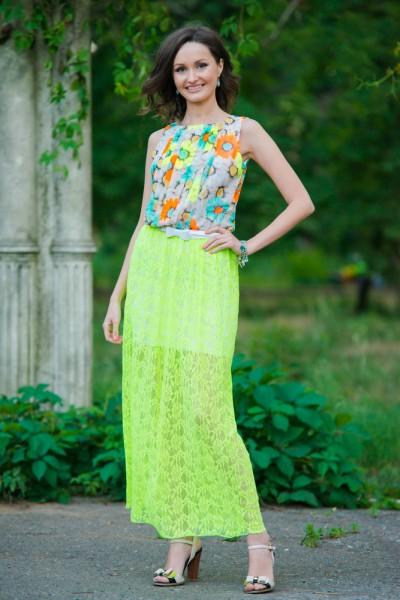 Женское летнее гипюровое салатовое платье